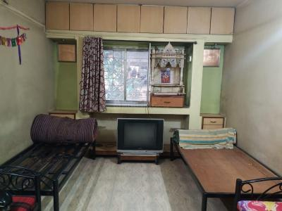 Gallery Cover Image of 818 Sq.ft 3 BHK Apartment for rent in Kothrud for 30000