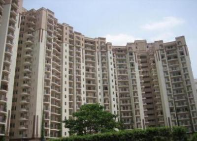 Gallery Cover Image of 3300 Sq.ft 4 BHK Apartment for rent in Sector 54 for 86000