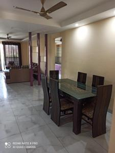 Gallery Cover Image of 2160 Sq.ft 3 BHK Independent Floor for rent in Vipul World Plots, Sector 48 for 40000