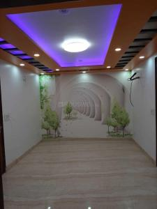 Gallery Cover Image of 560 Sq.ft 2 BHK Independent Floor for buy in Dwarka Mor for 2300000