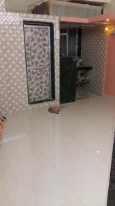 Gallery Cover Image of 300 Sq.ft 1 RK Apartment for rent in Prabhadevi for 22000