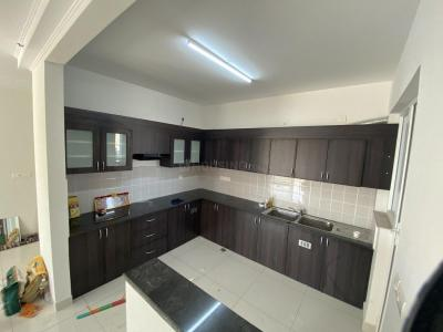 Gallery Cover Image of 1765 Sq.ft 3 BHK Apartment for rent in Kudlu Gate for 40000