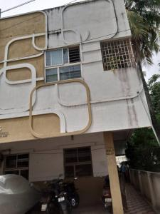 Gallery Cover Image of 800 Sq.ft 2 BHK Apartment for rent in Alandur for 13500