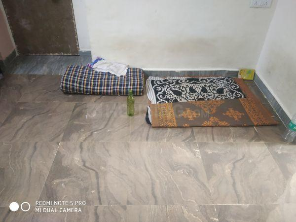 Living Room Image of 500 Sq.ft 1 BHK Apartment for rent in Andheri West for 3500