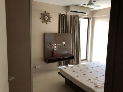 Gallery Cover Image of 2250 Sq.ft 3 BHK Apartment for buy in Vastrapur for 16500000