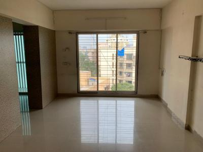 Gallery Cover Image of 687 Sq.ft 2 BHK Apartment for rent in Dahisar East for 25200