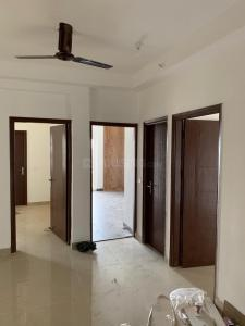 Gallery Cover Image of 1285 Sq.ft 3 BHK Apartment for rent in Noida Extension for 9000