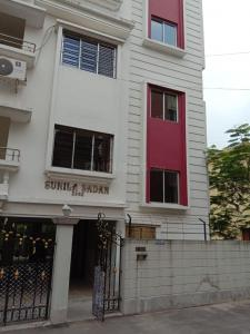 Gallery Cover Image of 1460 Sq.ft 3 BHK Apartment for rent in Nayabad for 15000
