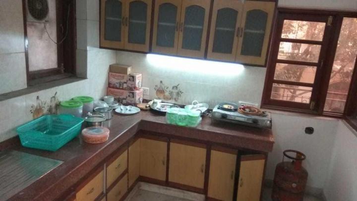 सईद-उल-अजाइब में प्रॉपर्टी ज़ोन के किचन की तस्वीर