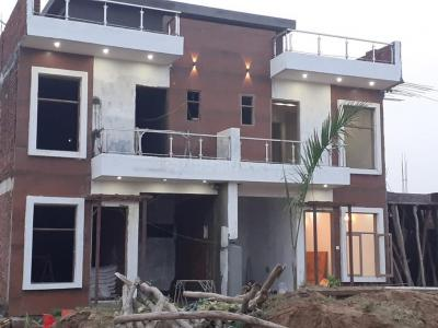 Gallery Cover Image of 1650 Sq.ft 4 BHK Villa for buy in Noida Extension for 4537500
