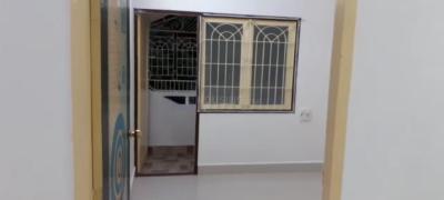 Gallery Cover Image of 900 Sq.ft 2 BHK Apartment for buy in Doshi Sri Mahalakshmi Apartments, Adambakkam for 5000000