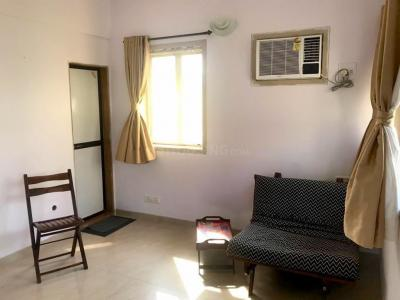 Gallery Cover Image of 349 Sq.ft 1 RK Apartment for rent in Santacruz West for 35000