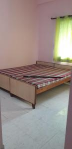Gallery Cover Image of 500 Sq.ft 1 RK Independent House for rent in Swawlambi Nagar for 4500