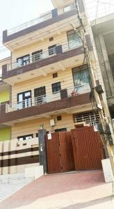 Gallery Cover Image of 1500 Sq.ft 3 BHK Independent Floor for rent in Sector-4 for 18000