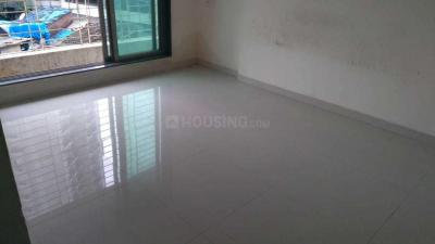 Gallery Cover Image of 525 Sq.ft 1 BHK Apartment for rent in Kandivali West for 22500