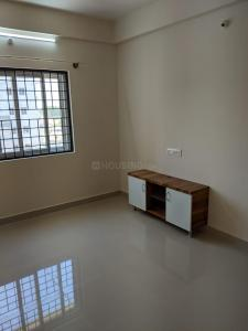 Gallery Cover Image of 750 Sq.ft 1 BHK Independent Floor for buy in Electronic City for 27000000