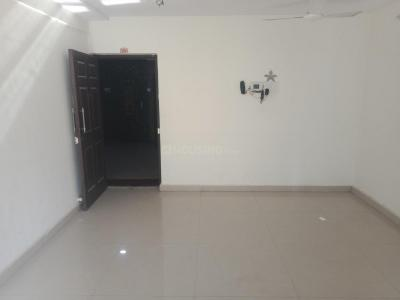 Gallery Cover Image of 990 Sq.ft 2 BHK Apartment for rent in Kandivali East for 29000