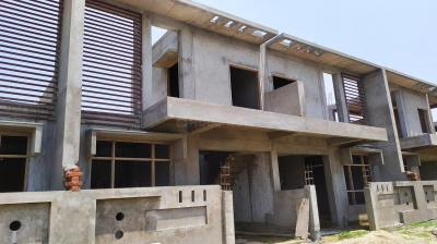 Gallery Cover Image of 1250 Sq.ft 2 BHK Villa for buy in Telibagh for 4650000