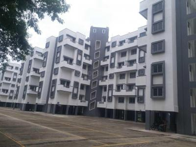 Gallery Cover Image of 865 Sq.ft 2 BHK Apartment for buy in Hadapsar for 3400000