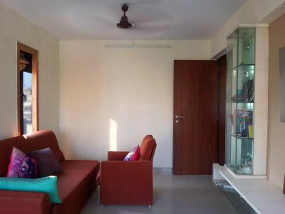 Gallery Cover Image of 600 Sq.ft 1 BHK Apartment for buy in Khar West for 27500000