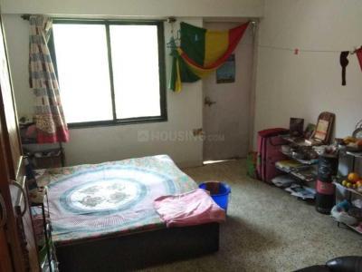कोरेगांव पार्क में मीरा नगर में बेडरूम की तस्वीर