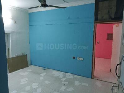 Gallery Cover Image of 450 Sq.ft 2 BHK Independent House for rent in Koyambedu for 13000