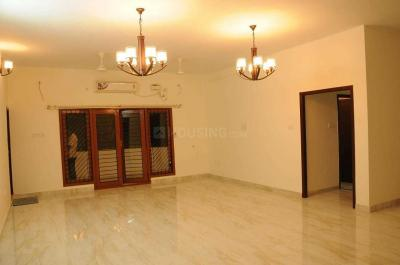 Gallery Cover Image of 6000 Sq.ft 6 BHK Independent House for rent in Vettuvankani for 150000