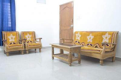 Gallery Cover Image of 1300 Sq.ft 3 BHK Apartment for rent in Gachibowli for 8000
