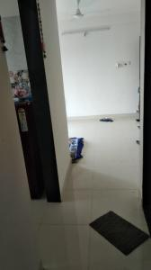 Gallery Cover Image of 650 Sq.ft 1 BHK Apartment for rent in Sethia Kalpavruksh Heights, Kandivali West for 24000
