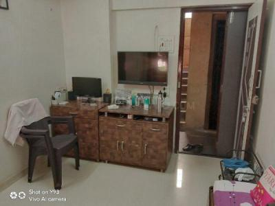 Gallery Cover Image of 330 Sq.ft 1 RK Apartment for buy in Sarswati prem, Mulund East for 4200000
