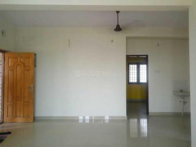 Gallery Cover Image of 876 Sq.ft 2 BHK Apartment for buy in Selaiyur for 3799987