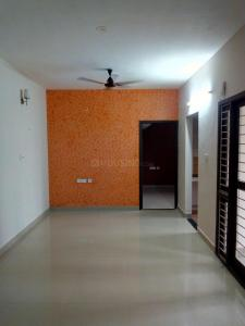 Gallery Cover Image of 985 Sq.ft 2 BHK Apartment for rent in Ambattur for 12000