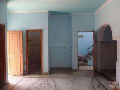 Gallery Cover Image of 1250 Sq.ft 2 BHK Independent Floor for rent in Sector 31 for 10500