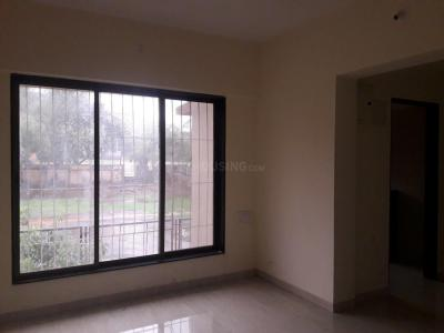 Gallery Cover Image of 850 Sq.ft 2 BHK Apartment for buy in Malad East for 13500000
