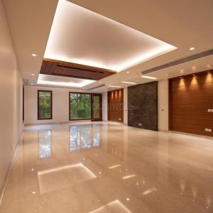 Gallery Cover Image of 7000 Sq.ft 9 BHK Independent House for buy in Sector 105 for 45000000