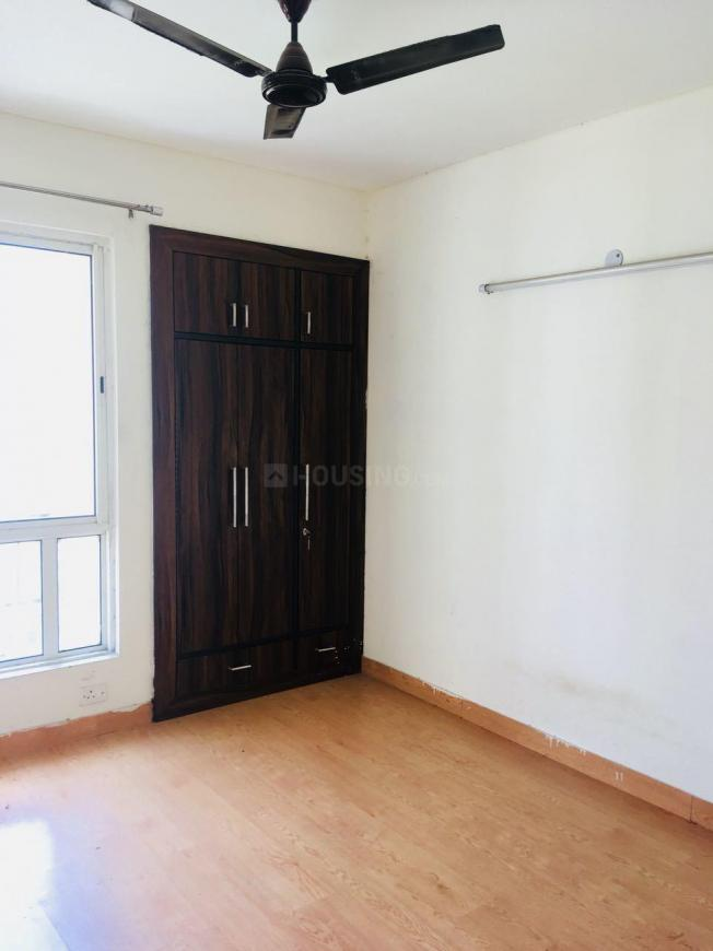 Bedroom Image of 1200 Sq.ft 3 BHK Apartment for buy in Yeida for 3651000