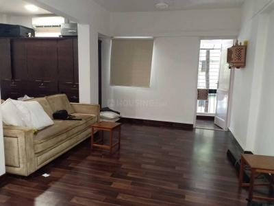 Gallery Cover Image of 420 Sq.ft 2 BHK Apartment for rent in Santacruz West for 75000