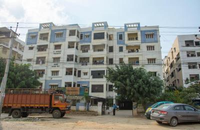 Gallery Cover Image of 1100 Sq.ft 3 BHK Apartment for rent in Ramachandra Puram for 45000