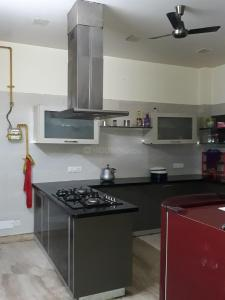 Kitchen Image of Nimanshoo PG in Sector 37