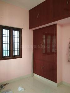 Gallery Cover Image of 1200 Sq.ft 3 BHK Independent House for rent in Kottivakkam for 18000