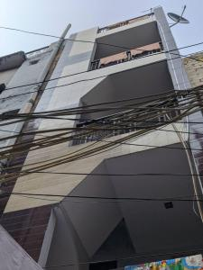 Gallery Cover Image of 1600 Sq.ft 1 RK Independent House for buy in Janakpuri for 4800000