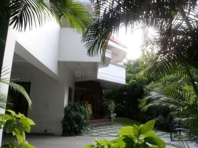 Gallery Cover Image of 9900 Sq.ft 7 BHK Villa for buy in Banjara Hills for 160000000
