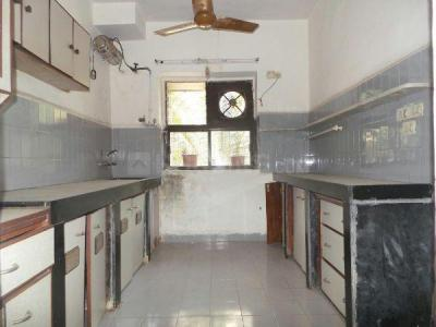 Gallery Cover Image of 615 Sq.ft 1 BHK Apartment for rent in Bhoomi Elegant, Kandivali East for 20000