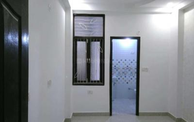 Gallery Cover Image of 610 Sq.ft 1 BHK Independent Floor for buy in Niti Khand for 2280000