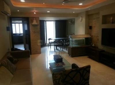 Gallery Cover Image of 1500 Sq.ft 3 BHK Apartment for rent in Bandra East for 150000