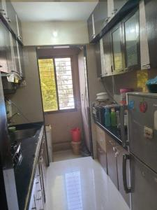 Gallery Cover Image of 650 Sq.ft 1 BHK Apartment for buy in DV Shree Shashwat, Mira Road East for 6400000