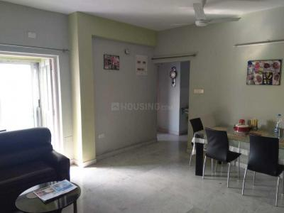 Gallery Cover Image of 1050 Sq.ft 2 BHK Apartment for rent in Ekta Ekta Heights, Jadavpur for 28000