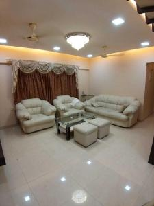 Gallery Cover Image of 1000 Sq.ft 2 BHK Apartment for rent in Khar West for 80000