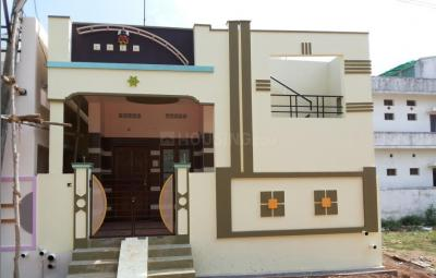 Gallery Cover Image of 650 Sq.ft 2 BHK Independent House for buy in Kelambakkam for 2745000