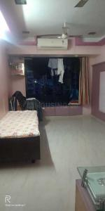 Gallery Cover Image of 540 Sq.ft 1 BHK Apartment for rent in Ghatkopar East for 25000